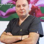"""""""La Helpdent imbinam partea estetica cu cea functionala"""" - Lect. Univ. Dr. Alexandru Burcea"""