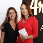 """Andreea Marin: """"Mă voi întoarce acasă și îi voi oferi această carte fetiței mele!"""""""