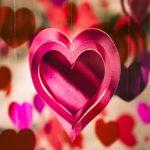 Ce cadouri să faci de Valentine's Day, în funcție de ce vrei să transmiți