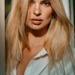 EMILY RATAJKOWSKI, Muza Kérastase este acum blonda!
