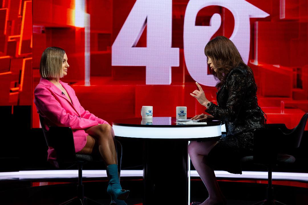"""Alexandra Stan a vorbit la """"40 de întrebări cu Denise Rifai"""", despre încercările dificile prin care a trecut"""