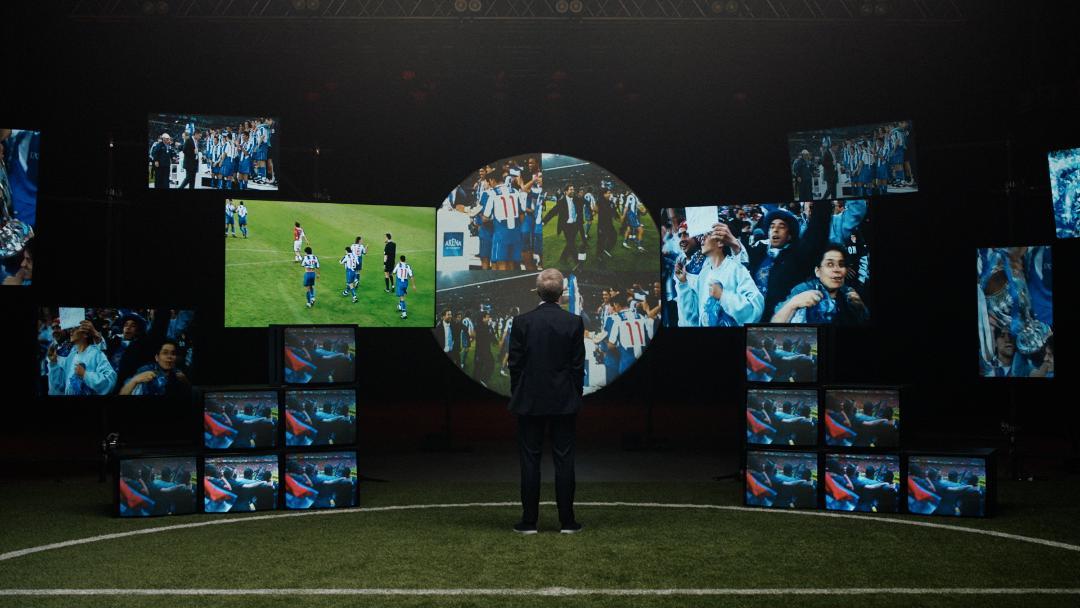 """Studiul """"Suporterii fotbalului"""" realizat de Mastercard înaintea finalei UEFA. Champions League arată că 90% dintre fanii fotbalului cred că emoția pe care o aduc pe stadion îi face pe jucători mai puternici"""
