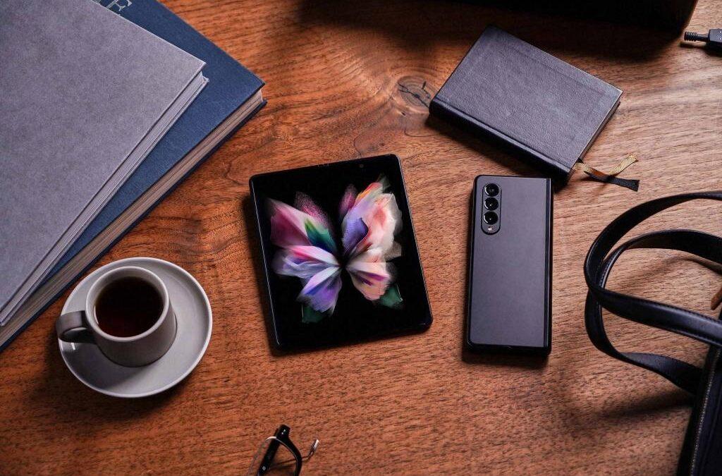 Samsung anunță disponibilitatea comercială a noii seriei Galaxy Z