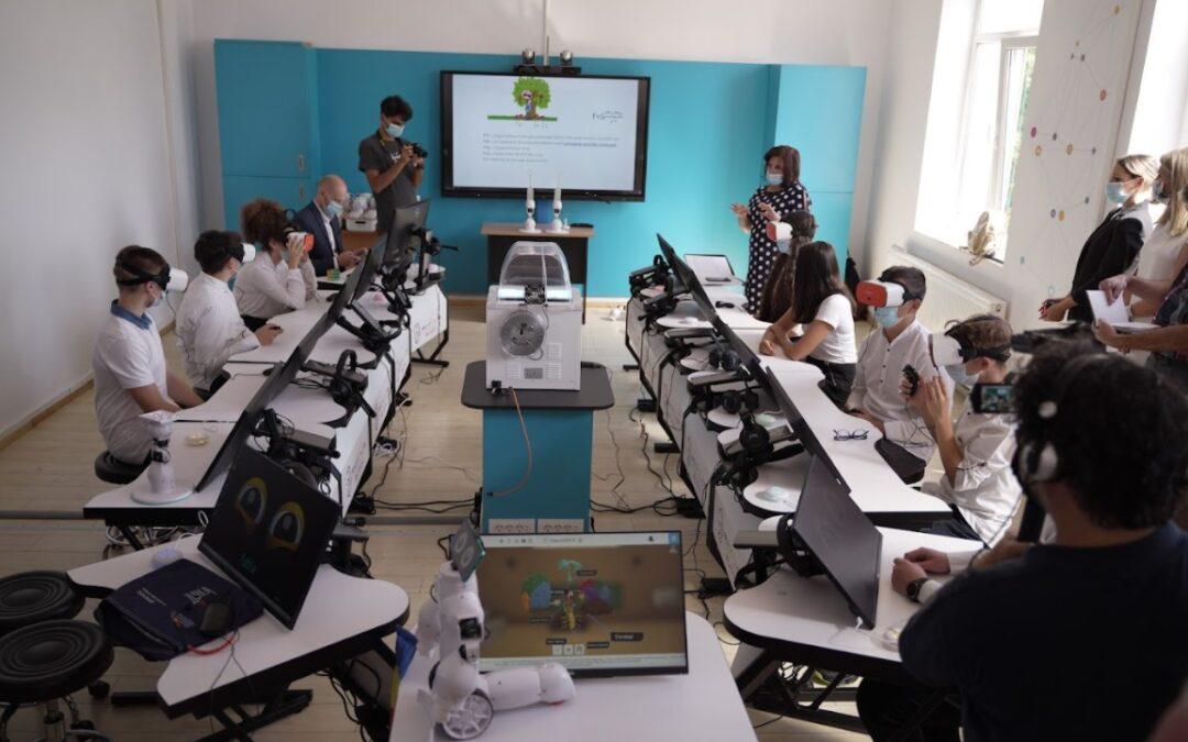 Roboți educaționali, ochelari VR, imprimante și scannere 3D, ȋn primul SmartLab din mediul rural, la școala din Bucov